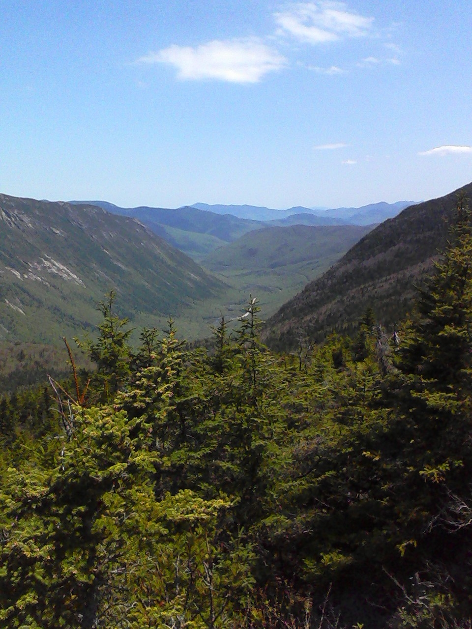 white mountain hike reported in photos